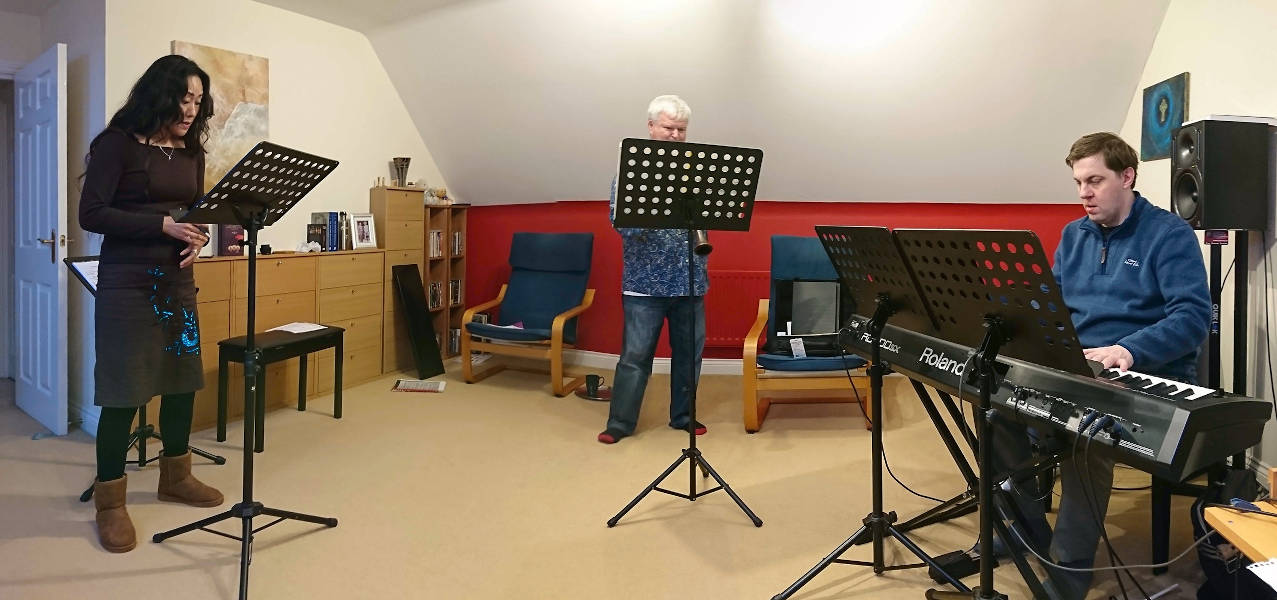 STUART BROWN MUSIC - from catastrophe to concert
